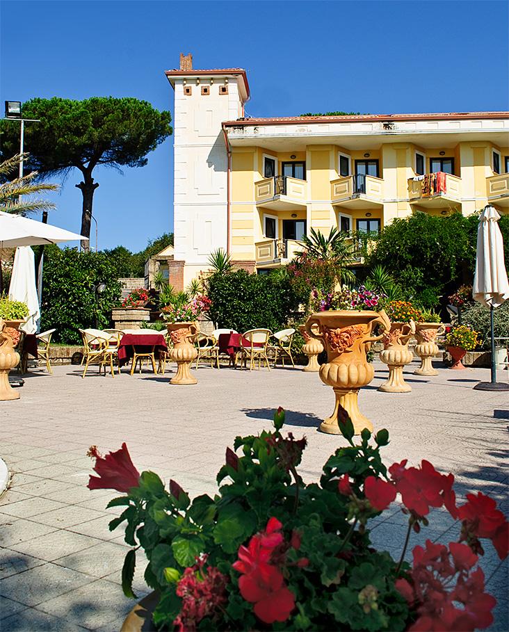 Hotel Caserta Antica - Esterno