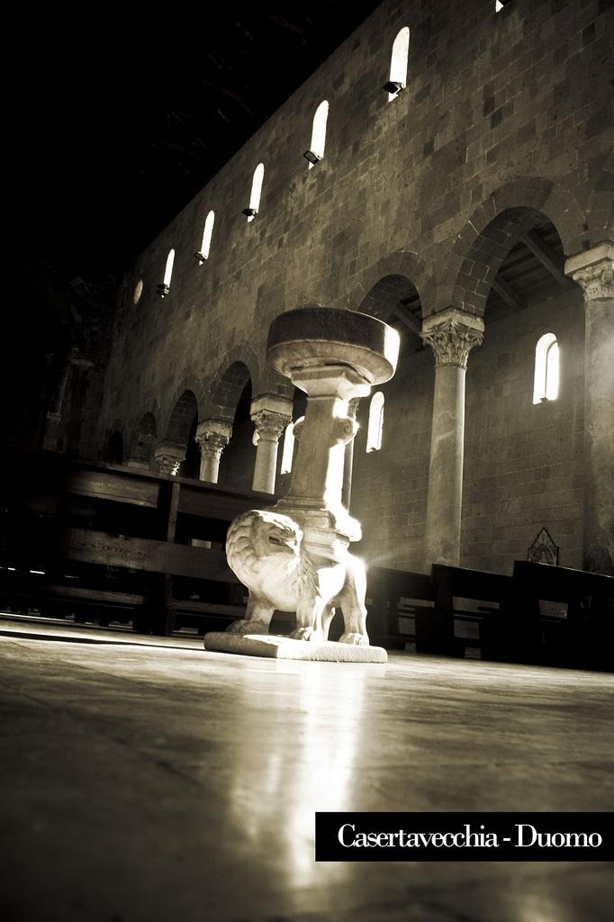 Interno Duomo di Casertavecchia
