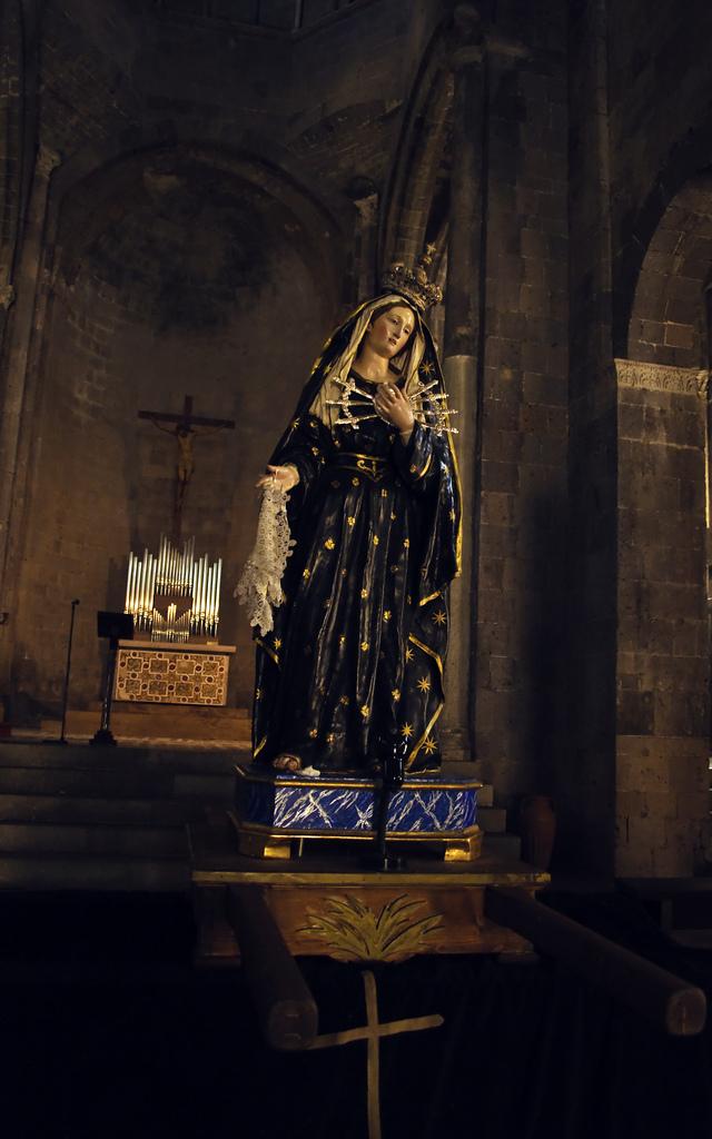 Duomo di Casertavecchia - Interno