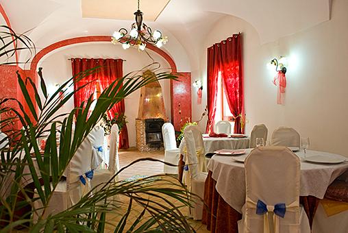 Particolare sala da Pranzo di villa Giaquinto