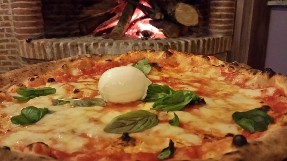 Lucio VIRAF Ristorante Pizzeria Caserta Vecchia