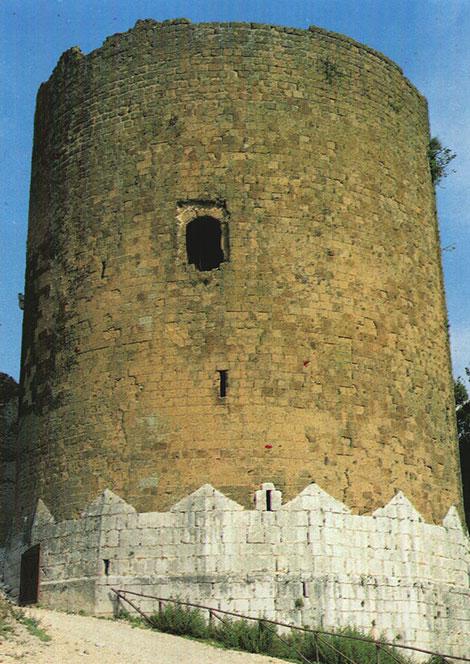Torre dei Falchi o Castello di Casertavecchia